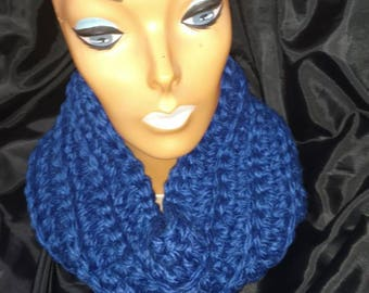 Bulky Beautiful Blue cowl