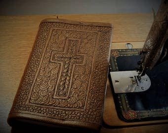 Bible with Quilted Leather Cover
