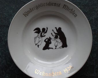 Christmas plate Bethel of colorful Christmas Santa Claus 1926 Miehlen silhouette
