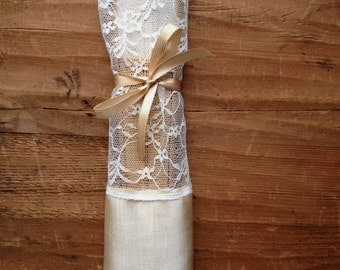 wedding fan favor bag, lace favors, lace fan wraps with satin ribbons, custom made, made to order