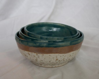 Set of Nesting Bowls in Sea Salt, Oyster, and Teal
