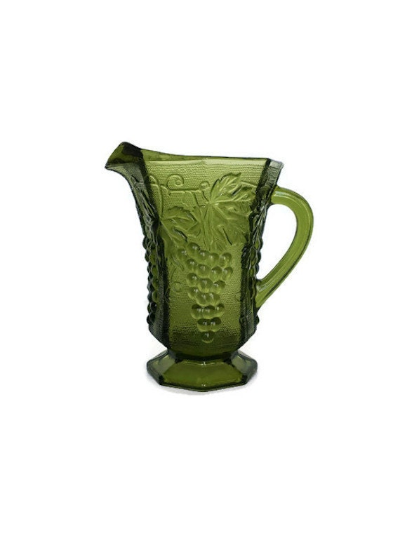 Green glass pitcher vintage Anchor Hocking grape panel texture