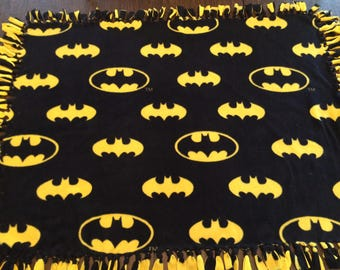 Batman Double layer fleece throw logo black yellow hand knotted