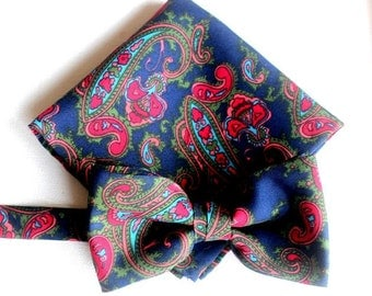 bow, bow-tie, pocket square, set in blue -red paisley design