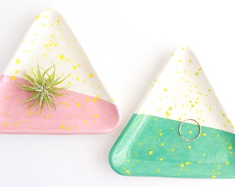 Geometric Decor, Triangle Ring Dish, Trinket Dish, Colorful Ring Dish, Splatter Pottery, Ceramic Ring Dish, Jewelry Storage, Gifts for Home