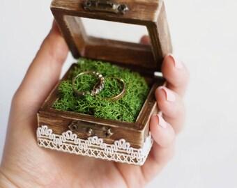 Rustic Wedding Ring Box With Moss - Glass Box, Ring Bearer Box, Wedding Box With Lace Trim, Romantic Wedding, Shabby Chic, Wedding Ideas