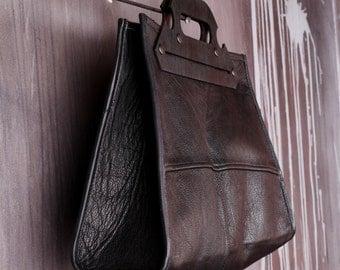Eco Bag / Leather Handbag / Goth Bag / Upcycled Leather Bag / Minimalist Bag / Woman Handbag / Metropolis Bag /Wooden Handle Bag /Unique Bag