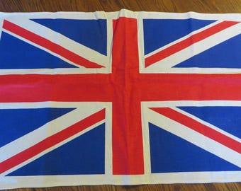 Towel Cotton with UK United Kingdom Flag  //  Kitchen Tea Towel  //  Union Jack Flag  //  Britsh Flag Towel  //  United Kingdom Souvenir