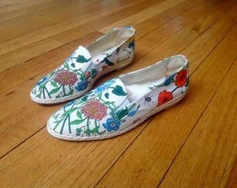 GUCCI vintage white floral espadrilles shoes 35 5