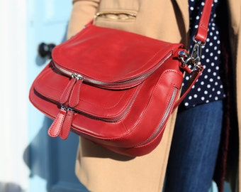 Vintage Red Leather Handbag / Vintage Red Leather Bag / Vintage Red Leather Messenger Bag / Red Leather Handbag /Red Leather Bag