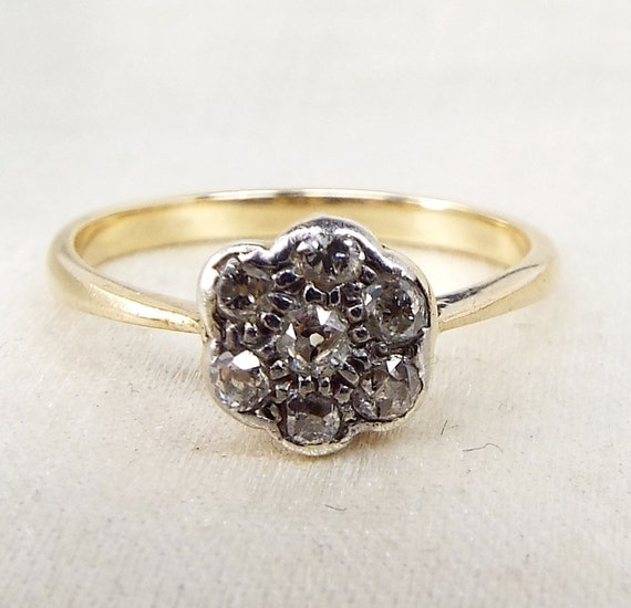 Antique / Edwardian Art Deco 9ct Yellow Gold Diamond Daisy Flower Ring / Size L 1/2