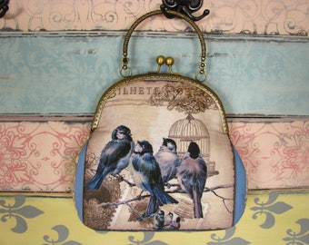 Vintage evening clutch purse with birds, kiss lock purse, metal frame purse, purse with handle