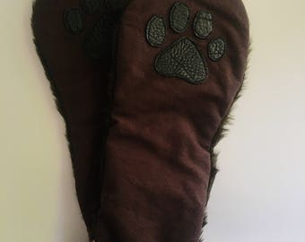 Lockable Paws with Faux Fur