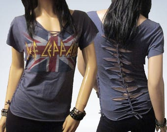 Def Leppard / Cut / Shredded / Weaved / Band T Shirt size Small