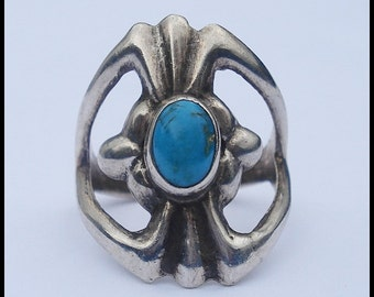 Vintage Heavy Sterling Silver Turquoise Hand Wrought Ring 7