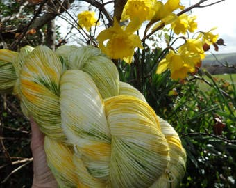 4ply Hand Dyed Sock Yarn - 80/20 Superwash Merino/Nylon 100g - Daffodil