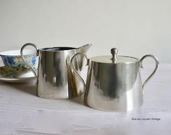 Vintage silverplated sugar and milk set, sugar bowl and creamer 1030s