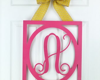 Spring door hanger - Spring monogram wreath - Everyday wreath - Year Round wreath - Wedding gift - Mothers Day gift - Vine monogram