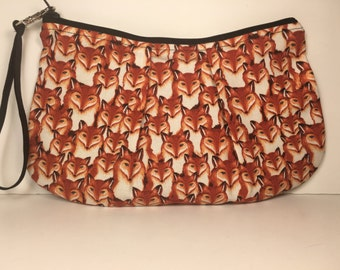 Large Fox Zippered Pleated Wristlet Pouch Bag Purse