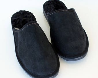 40% OFF SALE Men's Black handmade slippers, made with suede leather sheep skin and Fur. The Cozy walking
