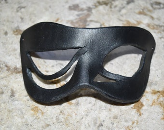 Clearance for old stock - Asymmetrical creepy Leather mask - this one available now