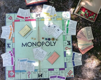 Complete vintage Monopoly set, vintage game, monopoly game, wooden playing pieces
