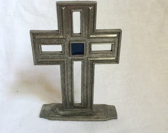 Carpentree pewter cross