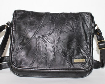 Vintage 1980's Black Faux LEATHER PATCHWORK Multiple COMPARTMENTS Cross Body Bag