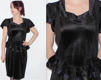 Vintage 1980's Black VELVET Short Sleeves PEPLUM WAIST Evening Midi Dress Size 14