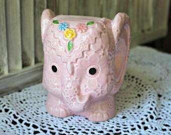 Vintage! Elephant. Ceramic vase. Napcoware.