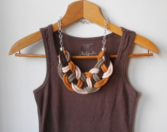 Twist and knitted brown necklace