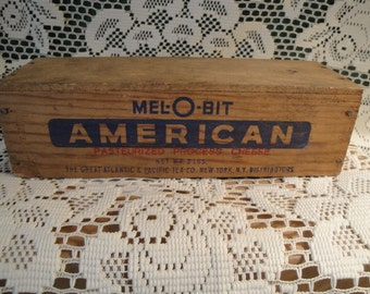 Vintage Mel-O-Bit American Cheese Wood Advertising Box, Old Rustic Country, 2 Lbs.