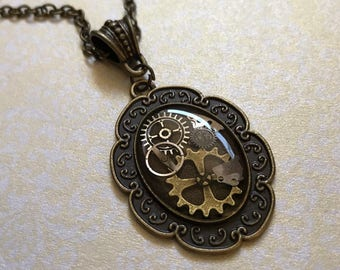 Steampunk Gears Resin Necklace Pendant (or Keychain) Unusual