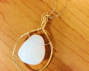 Hammered Metal Stone Necklace