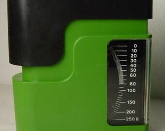 vtg 70s Panton Colani Era green Maul Futura letter scales in original box