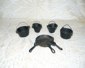 70's cast iron toy kettles frying pan scoops lot of 7