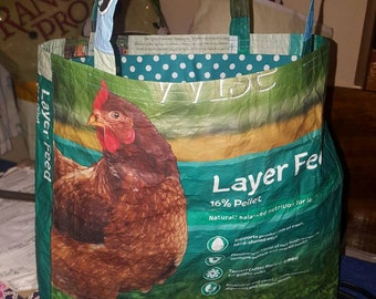 Recycled chicken feed sack bag/tote/purse/shopping bag w/matching polka dot fabric liner