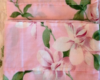 Sweet Pink Gardenia Pillowcases......standard size.....great condition