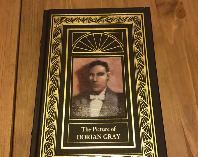 the picture of dorian gray dialectical journals The picture of dorian gray literary analysis below you need in oscar wilde's the oscar wildeâ s the picture of dorian gray is a biography of dorian gray.