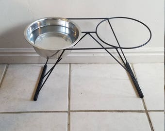 Dog Bowl Stand, Handmade bowl holder, welded dog bowl stand, functional art, welded art, dog lovers, dogfood dish, homemade stand, dog dish