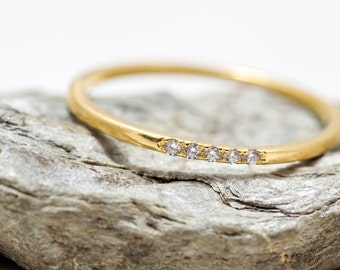 Dainty Diamond gold ring - Stacking ring - Small Diamond - thin band - white diamonds -