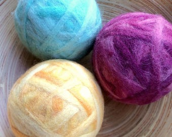 Fuzz/Fetch!  Jingle Bell Ball Wool Ball Cat/Dog Toy