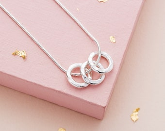 Three Silver Rings Necklace - 30th birthday gift - third anniversary - family necklace - three friends necklace - 30th birthday gift for her