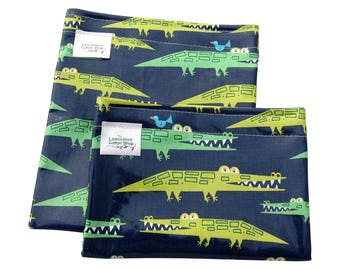 Reusable Snack Bag Set/ Snack and Sandwich Bag Food Grade Waterproof Laminated Cotton Crocodiles/Alligators