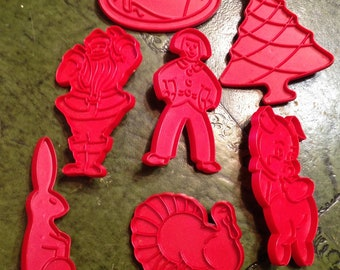 Vintage  Lot of 17 Red Cookie Cutters - Old McDonald's Farm - Holiday - Every Occasion