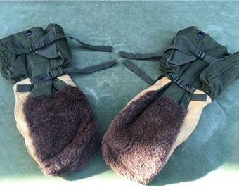 USAF Pilots Gloves Arctic Thermal Vintage Military Pilots Gloves WWII / Korean War / WW2