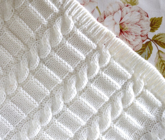 Knitting Pattern Afghan Beginner : Knitting pattern afghan baby blanket 3 Sizes Easy Beginner ...