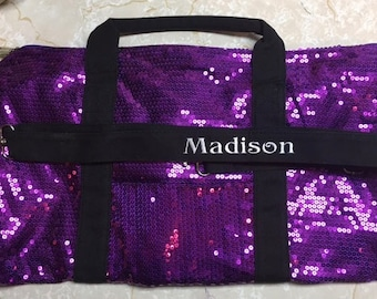 Beautiful Dance Duffle Bag, Modern, Tap, Jazz, Ballet. Any type of Dance, small zippered pocket inside,  small pocket on front. Wow, Cute!!!