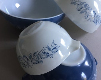 PYREX Cinderella Nesting Bowl Set Colonial Mist # 441 442 443 444 Made in the USA