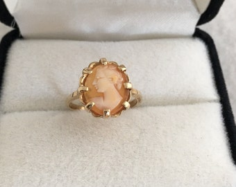 10K Solid Gold Cameo Ring Lady Figural Yellow Gold Prong Set